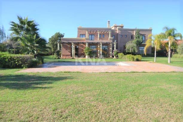 Villa à Location longue durée à Route d'Amizmiz Marrakech
