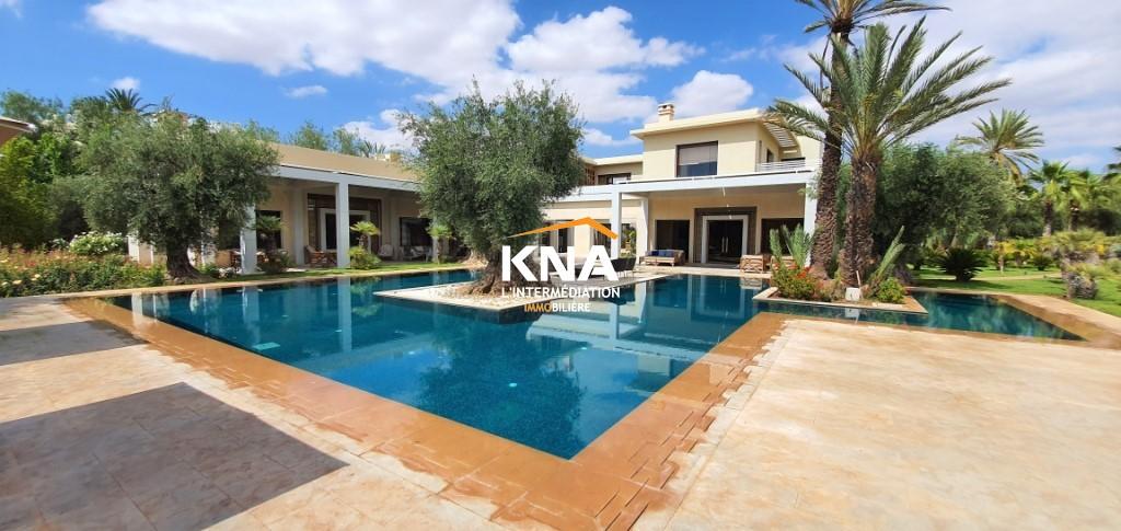 Superbe Villa de style contemporain dotée d'un magnifique parc arboré